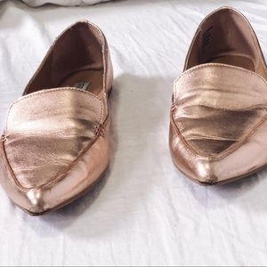 f209e2f51f6 Steve Madden Shoes - Steve Madden rose gold loafers gently used